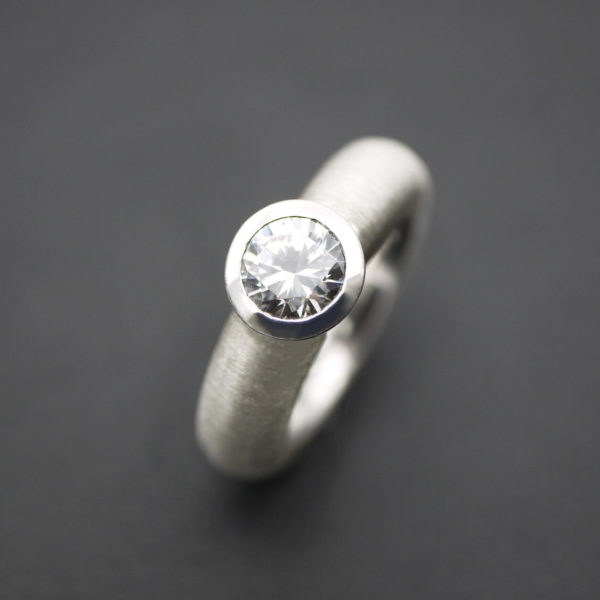 Ring in Silber 925 mit Zirkonia